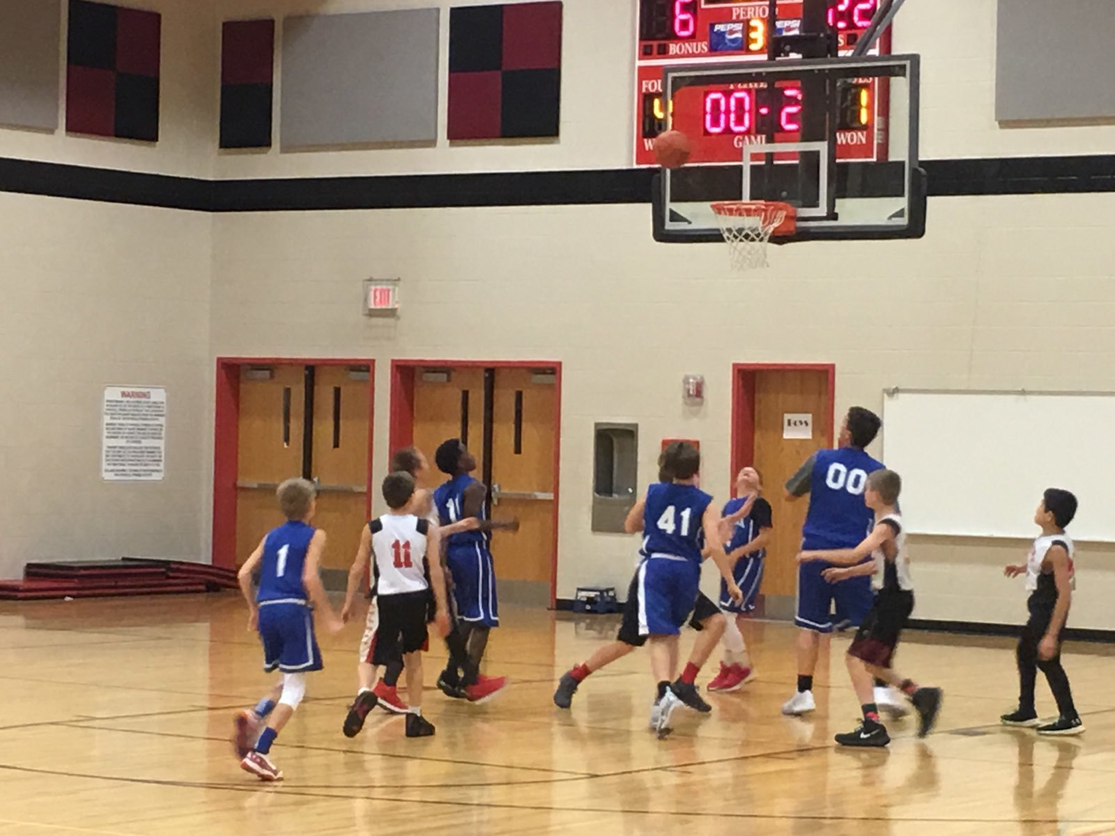 Boys basketball game at Columbia 6th Grade